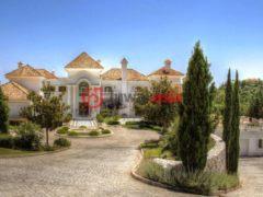 西班牙贝纳阿维斯7卧6卫的房产