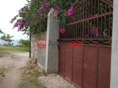 海地3卧3卫的房产