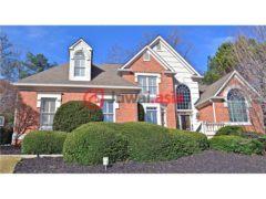 居外网在售美国Johns Creek5卧5卫的房产总占地492平方米USD 650,000