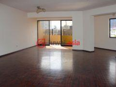 居外网在售秘鲁3卧2卫的房产总占地180平方米USD 220,000