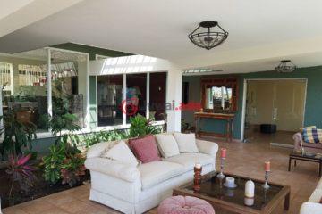委内瑞拉卡拉卡斯6卧8卫的房产