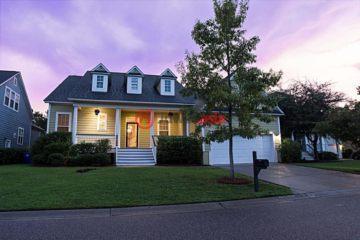居外网在售美国芒特普林森4卧3卫的房产总占地769平方米USD 475,000