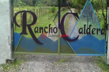 居外网在售巴拿马Caldera13卧17卫的房产总占地200000平方米PAB 2,750,000