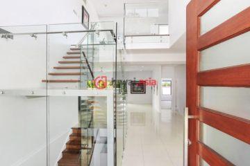 居外网在售澳大利亚5卧4卫特别设计建筑的房产总占地400平方米AUD 1,950,000