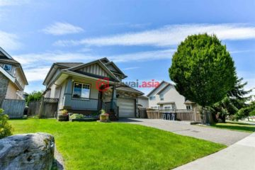 居外网在售加拿大萨里7卧4卫的房产总占地585平方米CAD 1,350,000