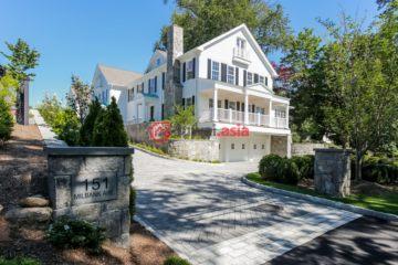 居外网在售美国4卧5卫新房的房产总占地372平方米