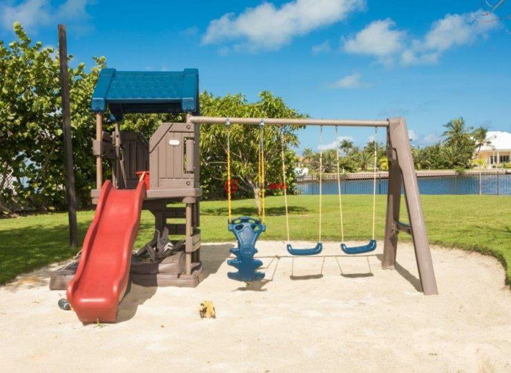 开曼群岛的房产,Royal Palm Drive #111,编号37528071