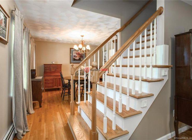 美国康涅狄格Thompson3卧2卫的房产USD 269,900 美国房产康涅狄格Thompson房产房价 居外网
